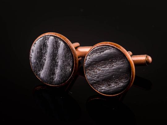 Manschettenknöpfe mit Yakisugi Holz Kupferfarben
