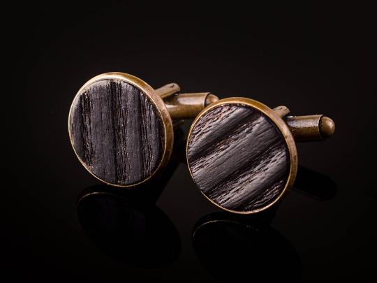 Manschettenknöpfe mit Yakisugi Holz Bronze